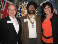 President Pushpinder with the Club's team